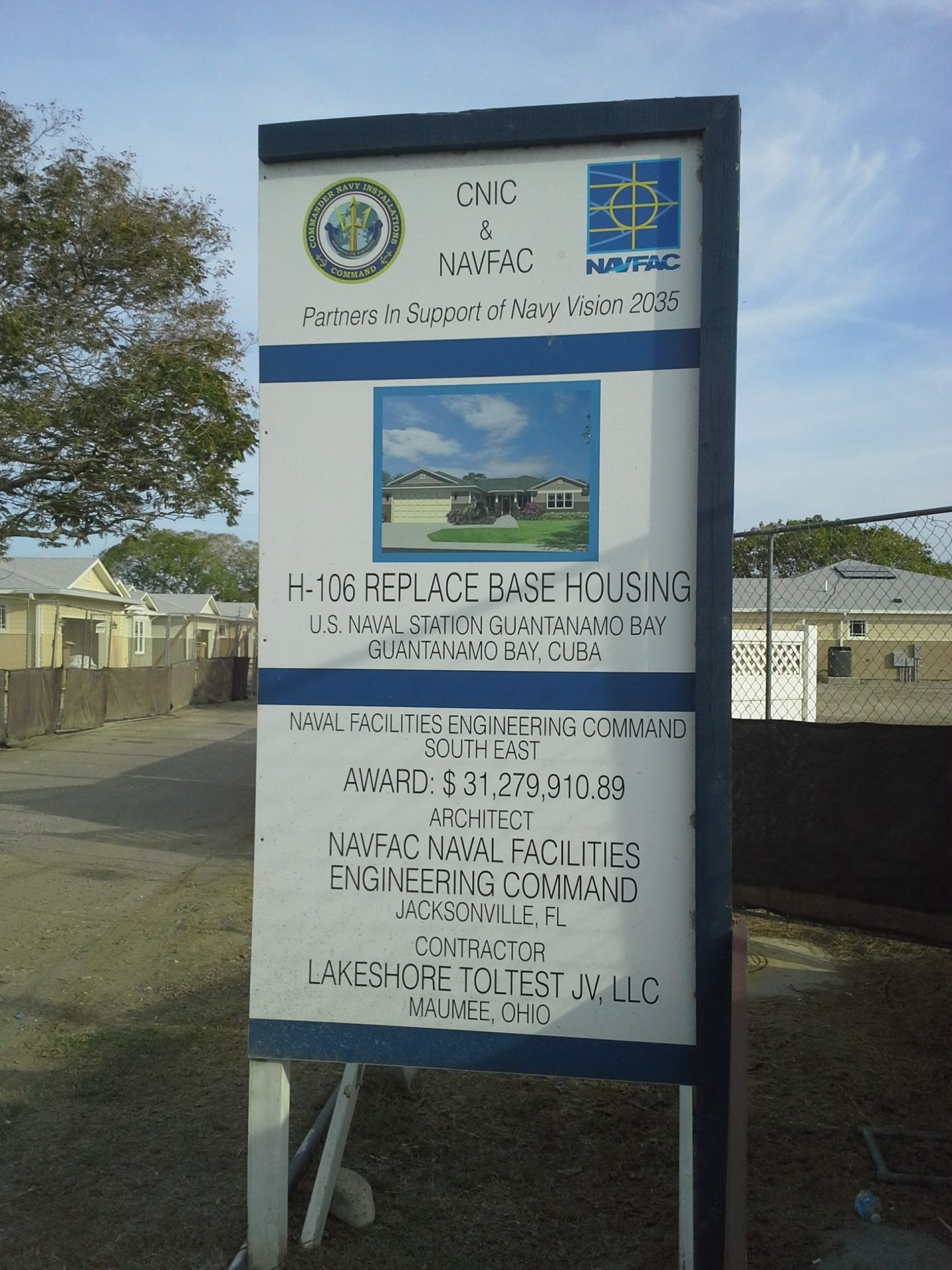 Guantanamo-Bay-Base-Housing-081114
