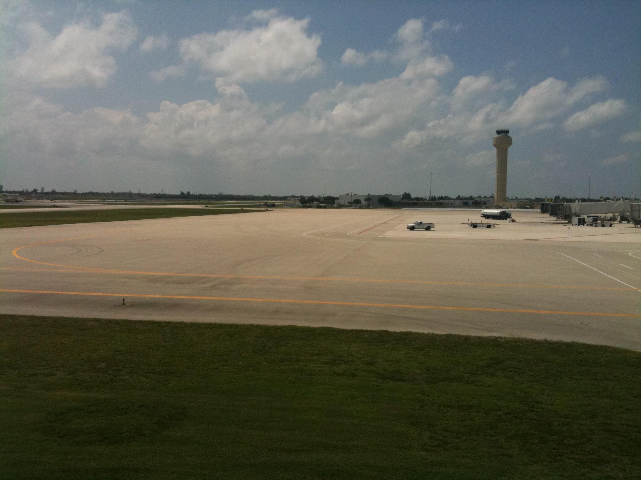 Palm Beach Airport FAA Tower